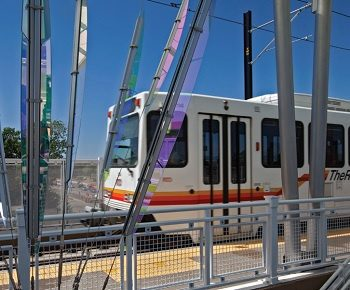 A lightrail train in Lakewood, CO